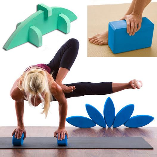 must have yoga accessories block