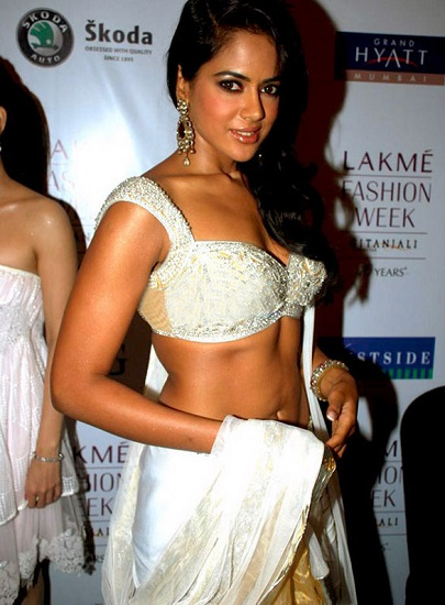 Sameera Reddy sexy after weight loss