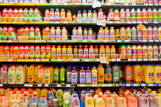 bottled-juices-store-shelf