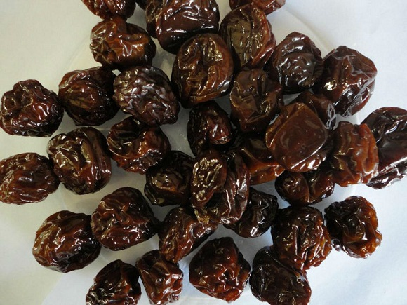 Dried_prunes health benefits
