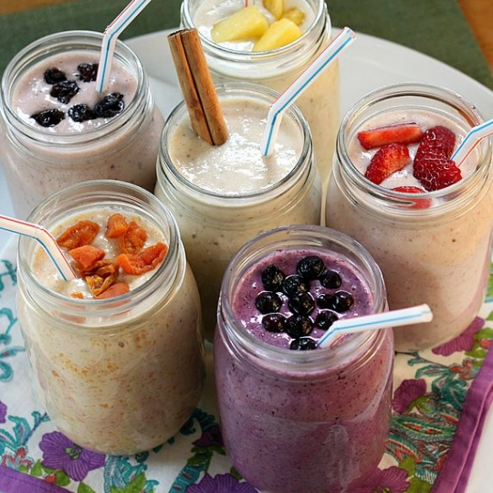 Healthy oatmeal smoothie