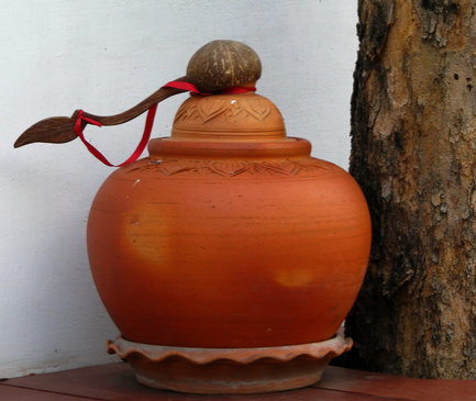 Clay pot water health benefits