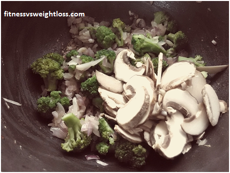 Super Easy Broccoli and Mushroom Soup 4