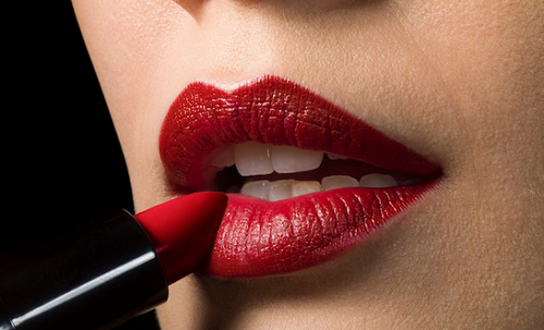 lipstick Ways To Care For Dry Lips This Winter