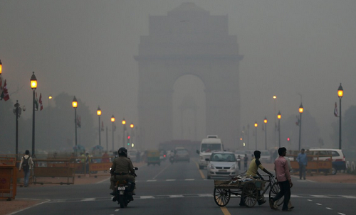 Rising air pollution in New Delhi can lead to respiratory problems