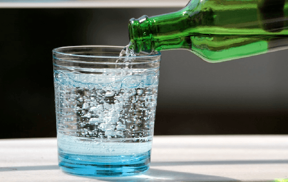 carbonated water is good or bad, carbonated water bad for health