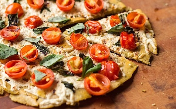 Socca Pizza – The New Healthy Food Sensation