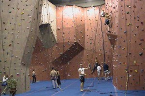 Top Exercises To Lose Weight rock climbing