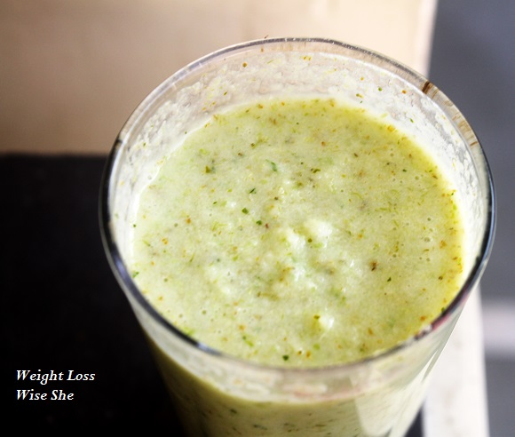 "Broccoli Pineapple Smoothie Recipe, Weight Loss ""width ="" 580 ""height ="" 492 ""srcset ="" https://www.fitnessvsweightloss.com/wp-content/uploads/2013/11/Brocolli-and-pineapple-smoothie .jpg 580w, https://www.fitnessvsweightloss.com/wp-content/uploads/2013/11/Brocolli-and-pineapple-smoothie-300x254.jpg 300w ""sizes ="" (maximum width: 580px) 100vw, 580px"