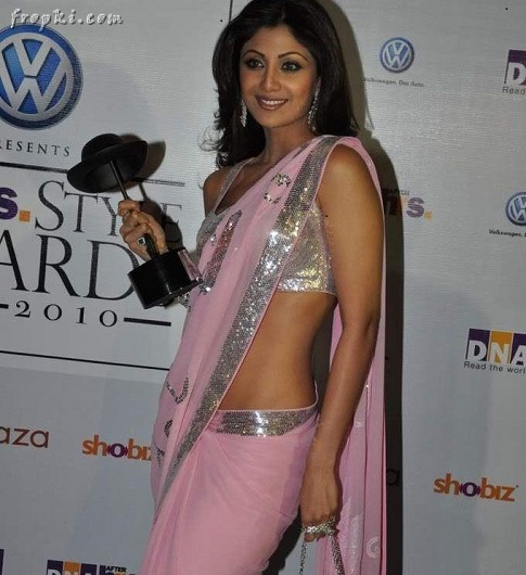 Shilpa Shetty's Post Baby Weight Loss Secrets hot saree