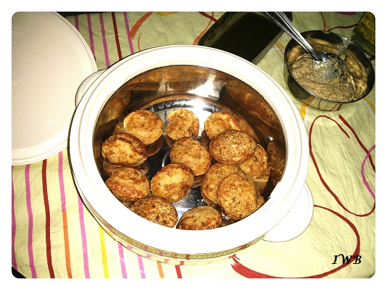 Healthy Vegetable Appe and Peanut Chutney Recipe