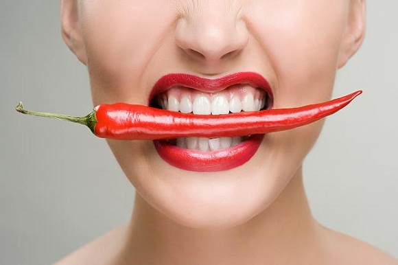 woman-chilli-healthy or harmful