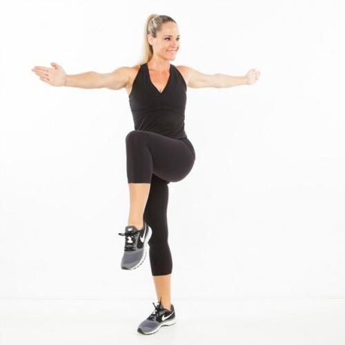 Squat to Knee Lift Twist Some Simple Exercises To Lose Belly Fat