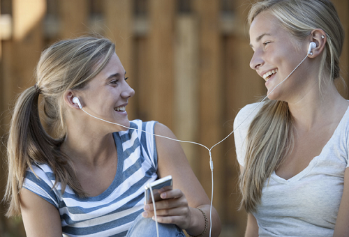 sharing earphones affects health